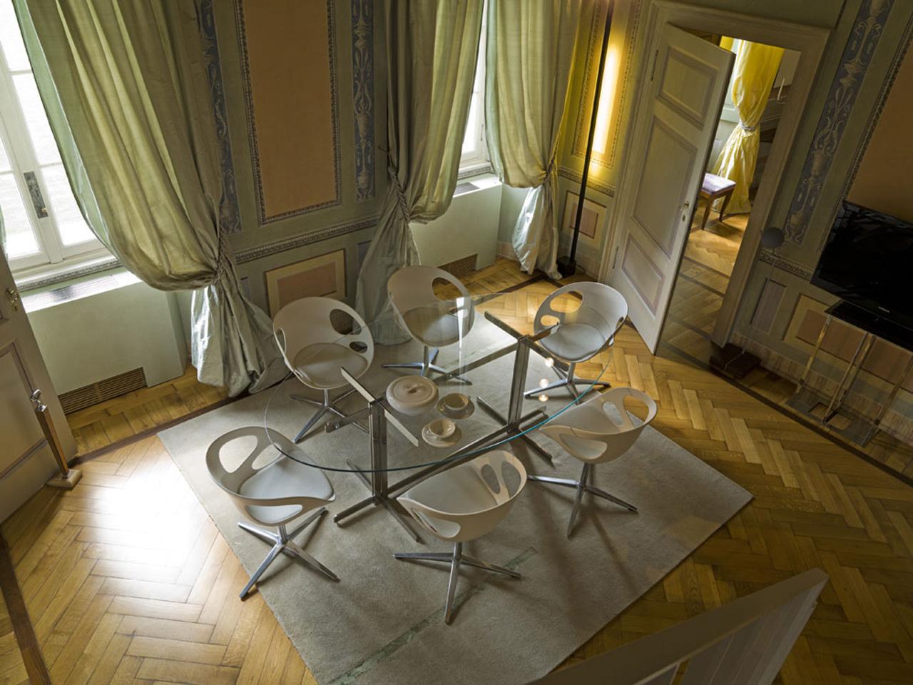 sala da pranzo tavolo in acciaio e cristallo - Giordano Viganò